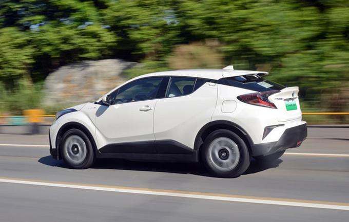 论纯电SUV的驾控表现 广汽丰田C-HR EV值得拥有-图1
