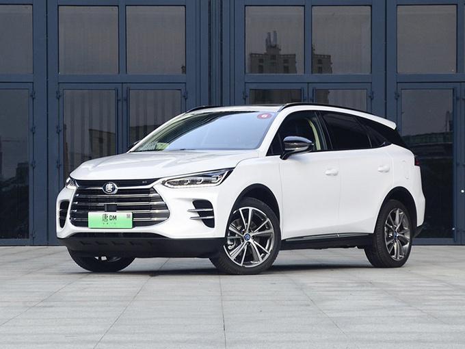 比亚迪唐新车型上市 入门价降一万 售22.99万元-图1