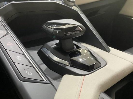 领克06到店 预售12.06万/领克家族最便宜的车来了-图7