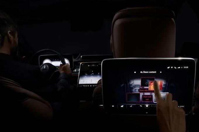 奔驰官方宣布大G将推出纯电版/并独立成品牌-图4