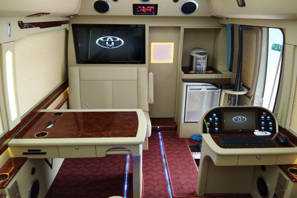 18丰田考斯特降价促销 豪华客舱全新改装-图12