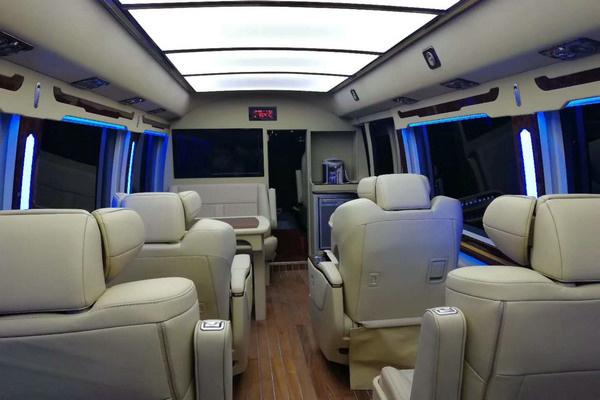 丰田考斯特15座客车新优惠 选装真皮座椅-图8