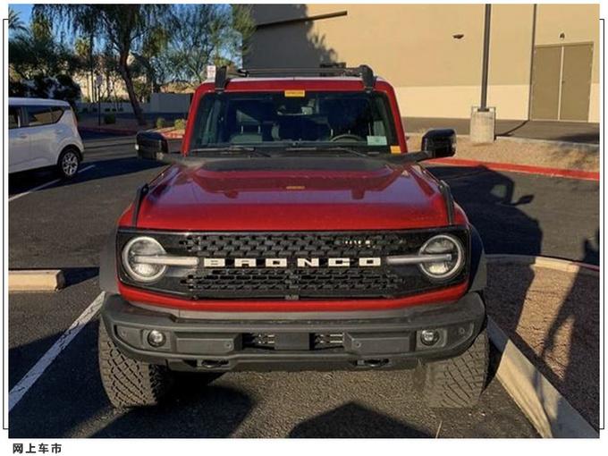 福特Bronco两门版实拍 搭2.7T引擎/双色车身-图2