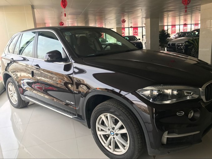 进口17款宝马x5中东版汽油 五座suv舒适性高