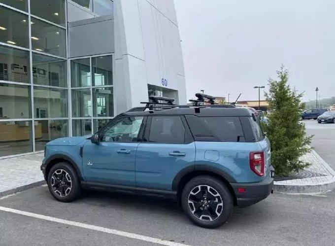 福特全新Bronco实拍搭2.0T动力/全系配四驱系统-图2