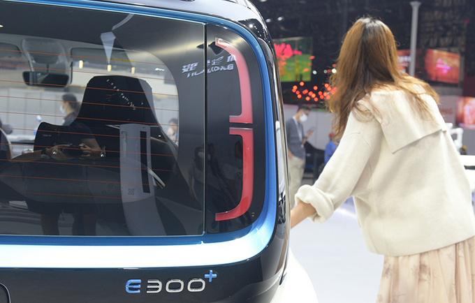 2020广州车展前瞻新宝骏E300苏宁小Biu多图实拍-图7