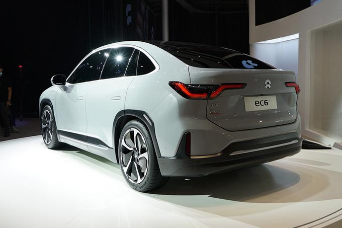 2020成都车展不容错过的3款豪华纯电新车-图8