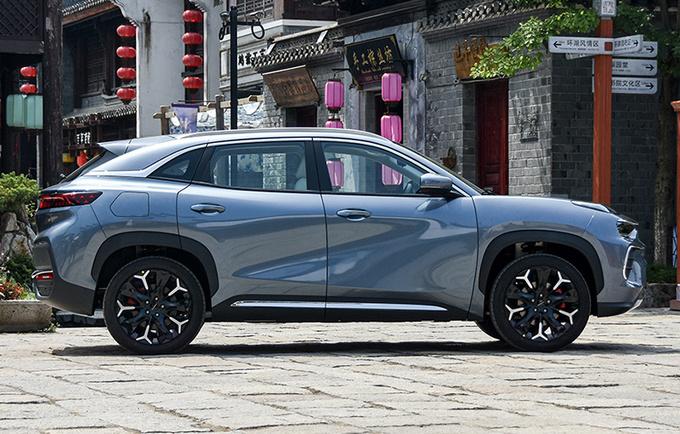 奇瑞@LIFE平台第二款新车曝光 轴距2米9 明年下半年上市-图2