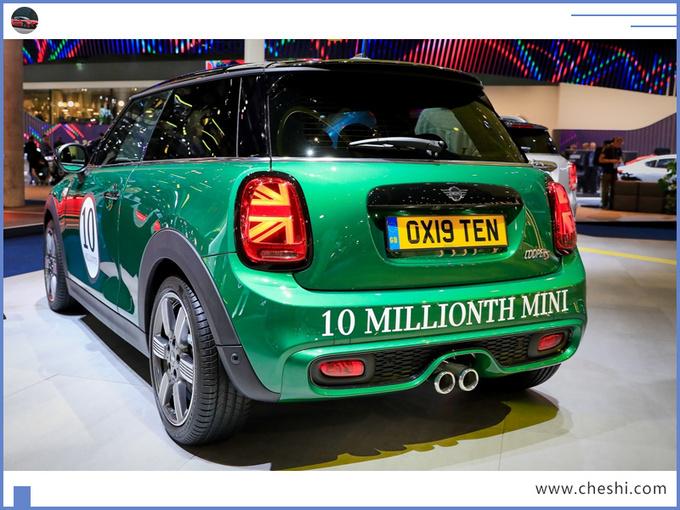 MINI特别版车型正式亮相复古涂装/年内交付-图4