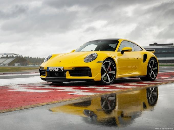 保时捷全新911 Turbo实拍搭3.8T引擎/3秒内破百-图1
