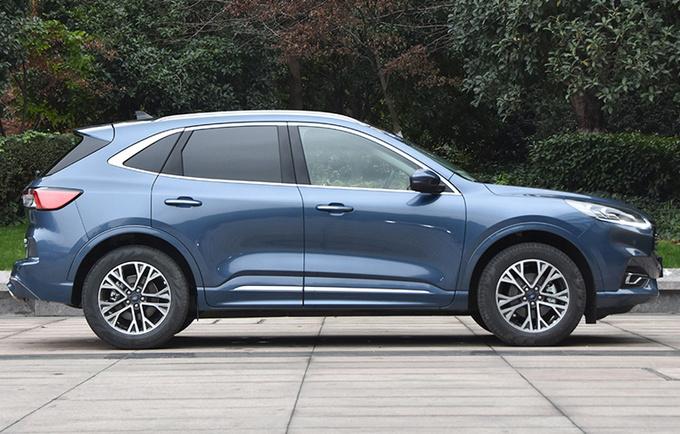福特锐际新增车型上市 16.98万起售/搭2.0T+8AT-图3