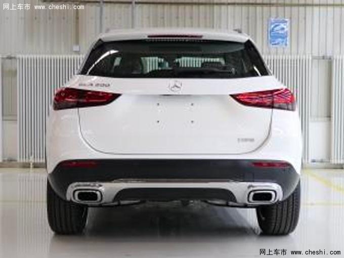 奔驰全新一代国产GLA实拍 轴距加长搭1.3T发动机-图2