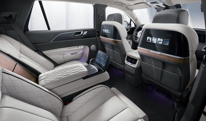 红旗E-HS9旗舰纯电SUV上市 售50.98-72.98万元-图8
