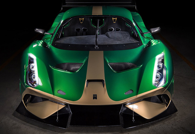 首台BT62赛车正式交付 仅重972kg/售价650万-图2