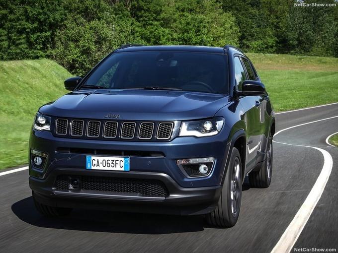 新款Jeep指南者路试谍照曝光 或明年下半年亮相-图3