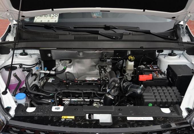 年轻人很中意的几款运动型SUV  10万就能买顶配-图7