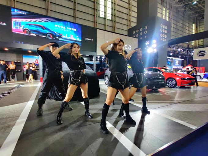 售价11.86-13.86万元 领克06亮相东莞国际车展-图4