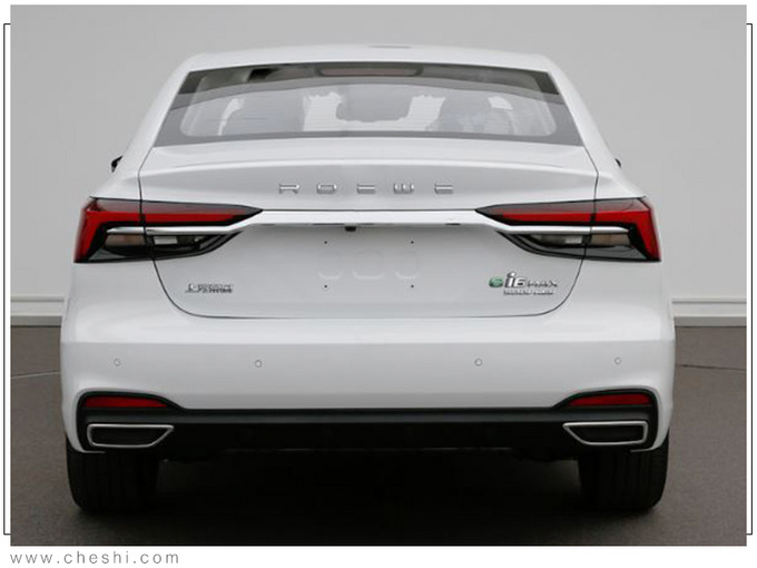 荣威ei6 MAX实拍曝光 油耗更低车灯酷似凯迪拉克-图2
