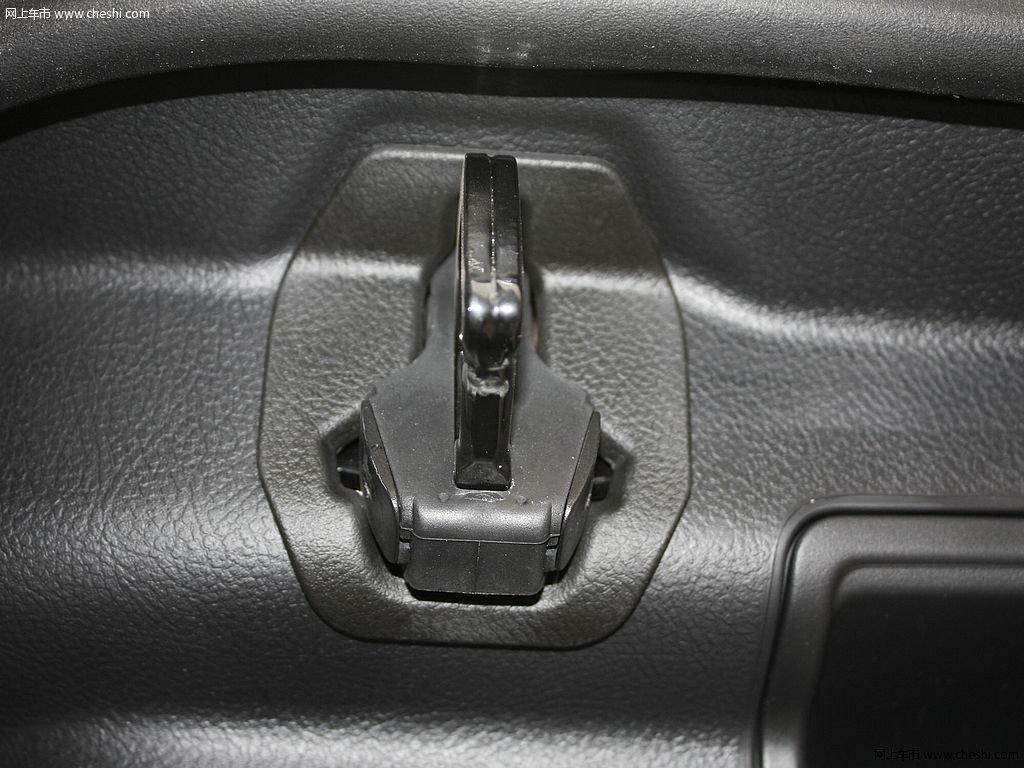 路虎发现 2012款 5.0 自动HSE汽油版 7座车厢座椅高清图片 8 59 网上高清图片
