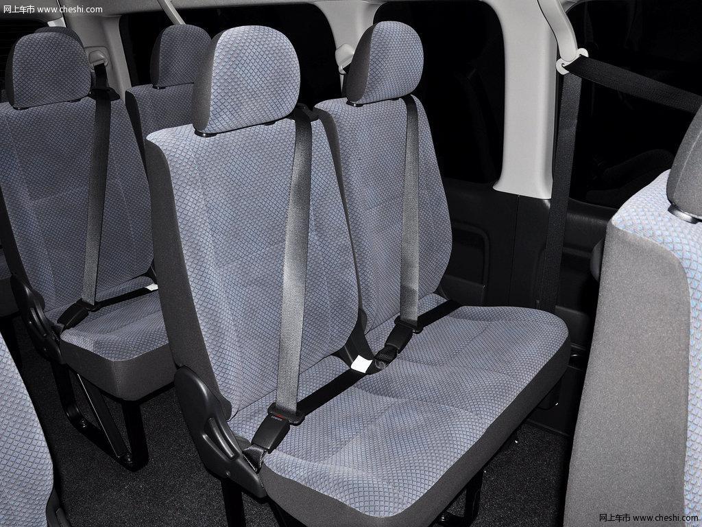 海狮(进口) 2011款 hiace 2.7l 自动标准版 13座座椅