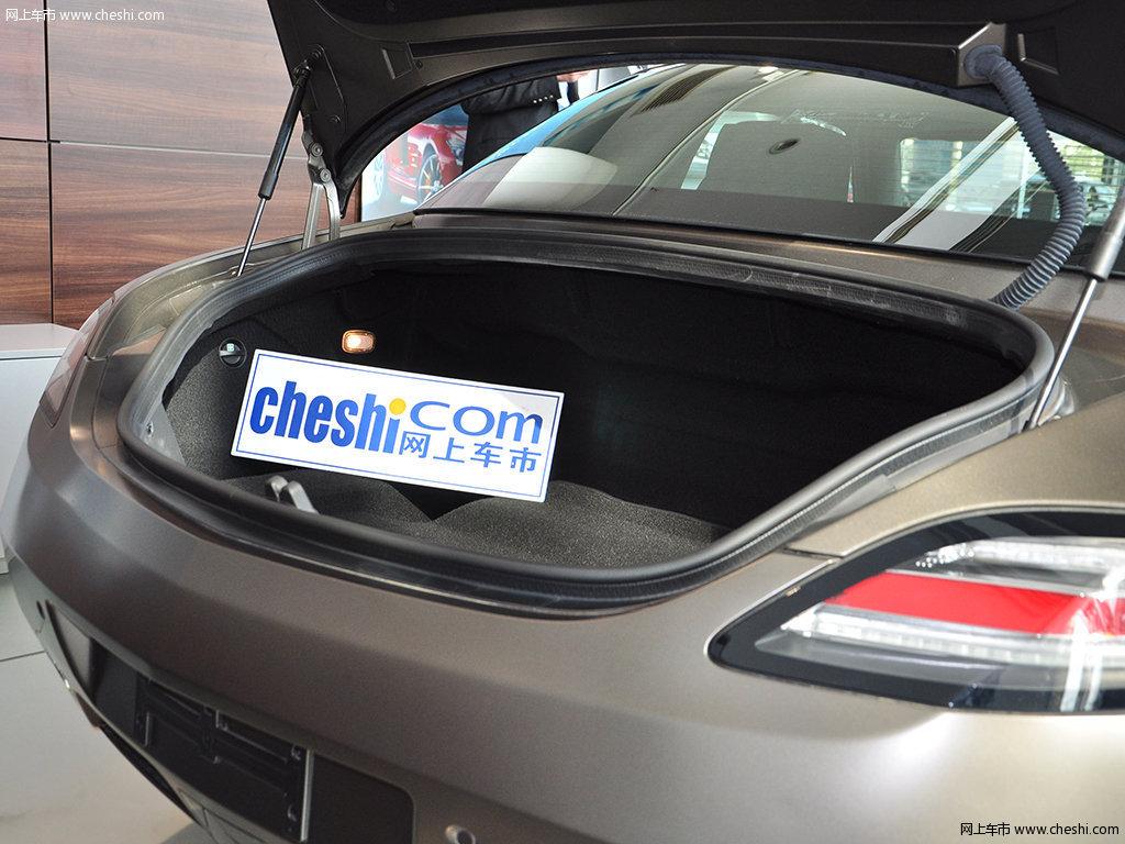 奔驰SLS级AMG座椅空间高清图片 1 6 大图高清图片