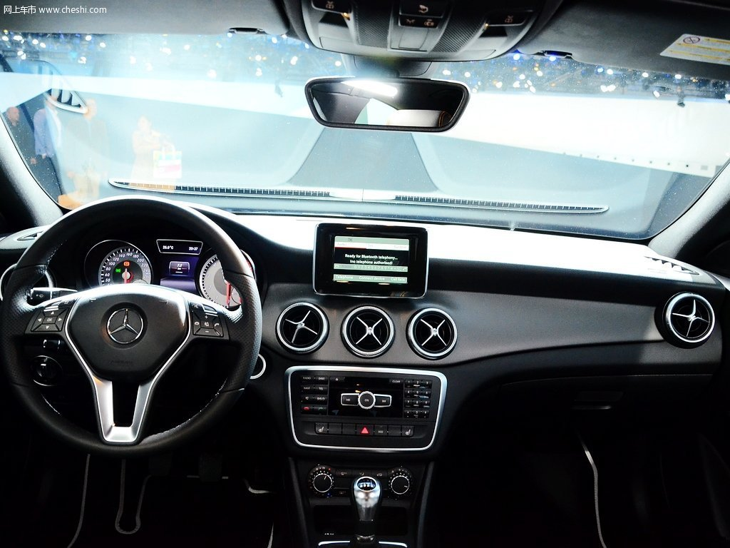 奔驰CLA 2014款 CLA180中控方向盘高清图片 1 14 网上车市 大图高清图片