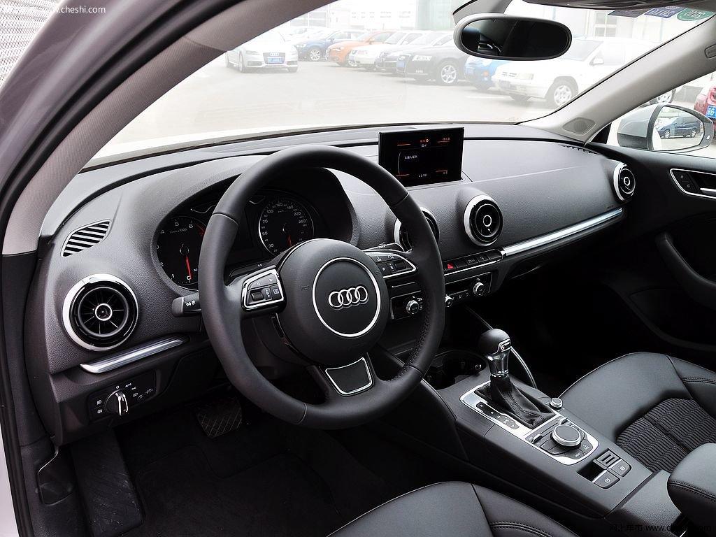 奥迪a3(进口) 2014款  40tfsi 1.8t dct limousine舒适型