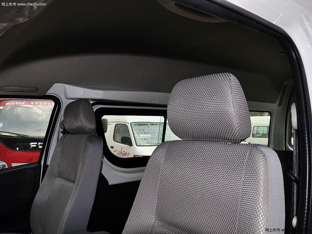 风景g7 2014款 2.0l舒适版短轴高顶486eqv4车厢座椅