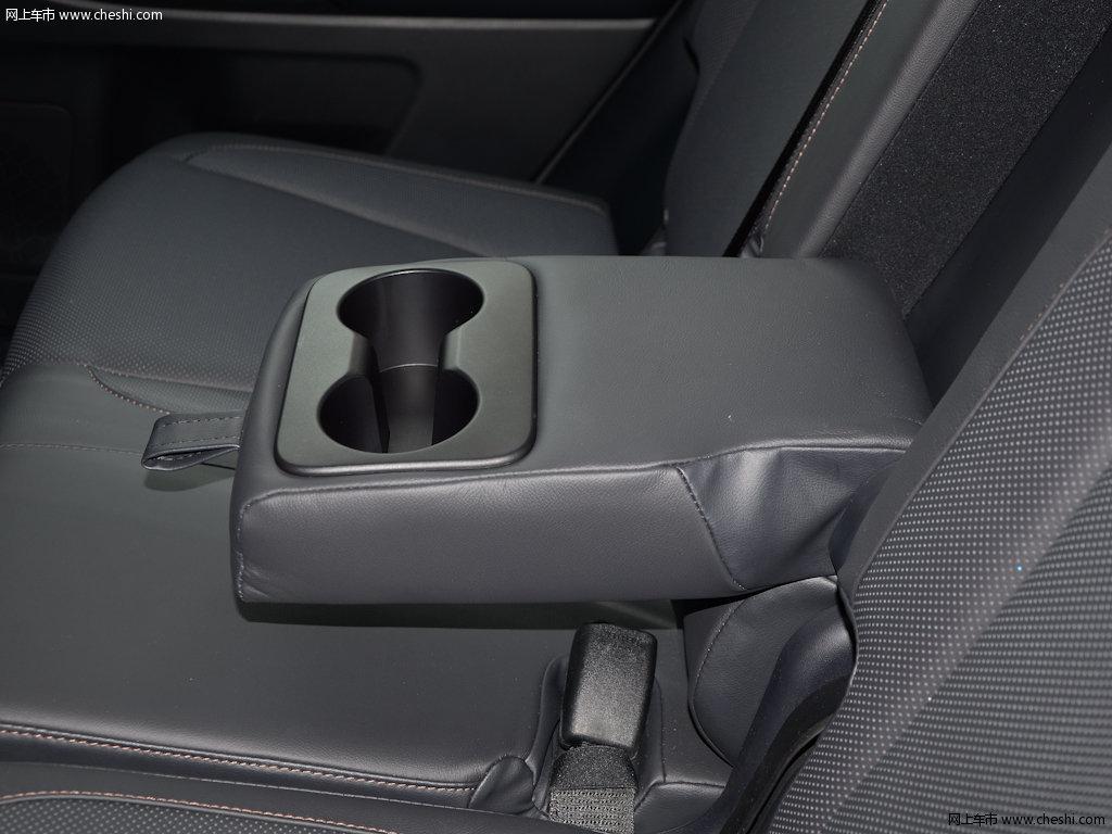 汉兰达 2017款 2.0t四驱豪华版 7座座椅空间图片(37/)