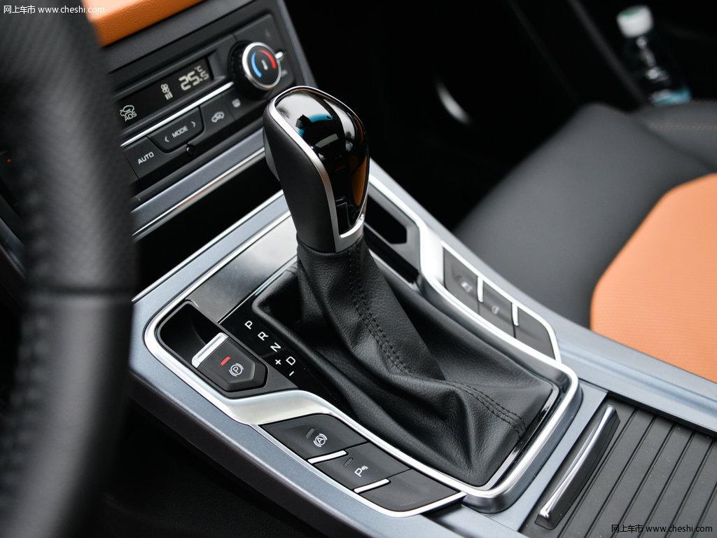 汽车图片 吉利 吉利s1 2017款 基本型  内饰中控 (5/100)    速度颜色