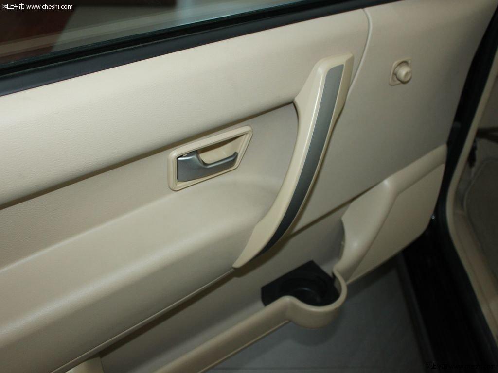 志俊2008款 1.8l 手动舒适型座椅空间高清图片(18/71)