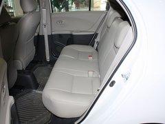 广汽丰田  新雅力士 1.6E AT 第二排座椅45度视角