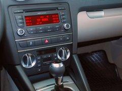 奥迪(进口)  A3 Sportback 1.4T 中控台仪表下方45度特写