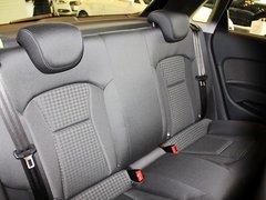 奥迪(进口)  A1 30TFSI 1.4T 第二排座椅45度视角