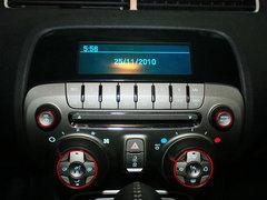 雪佛兰(进口)  科迈罗 3.6 AT 中控仪表台上方