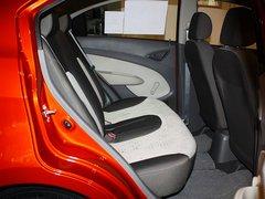 雪佛兰  赛欧 1.4L MT 第二排座椅正视图