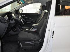 北京现代  2.4L 自动 驾驶席座椅正视图