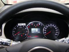 起亚(进口)  2.0L 自动 方向盘后方仪表盘
