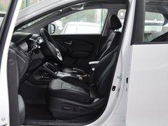 北京现代  改款 GLX 2.4L 自动 驾驶席座椅正视图