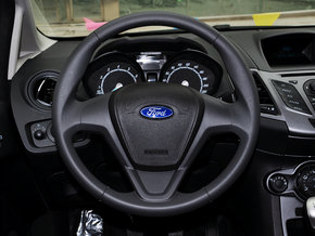 长安福特  三厢 1.5L 手动 方向盘整体