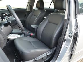 一汽丰田  1.8GL-i CVT 驾驶席座椅前45度视图