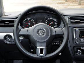 一汽-大众  改款 1.6L 自动 方向盘整体
