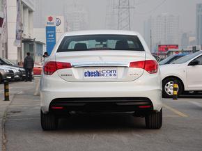 东风雪铁龙  1.8L 手动 车辆正后方尾部视角