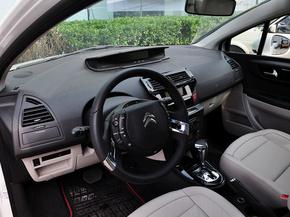 东风雪铁龙  VTS版 1.6L 自动 中控台左侧