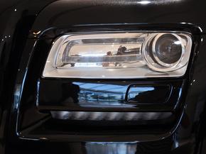 劳斯莱斯  骥版 车辆大灯细节