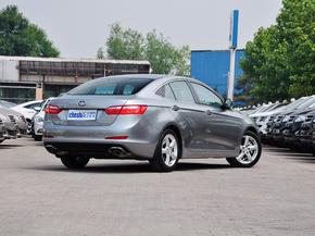 一汽奔腾  1.8T 自动 车辆右侧尾部视角
