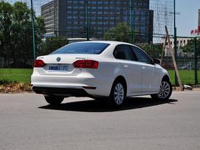 一汽-大众  改款 1.4T 自动 车辆右侧尾部视角