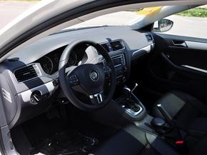 一汽-大众  改款 1.4T 自动 中控台左侧