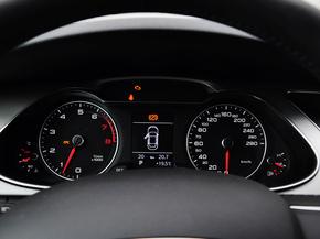 一汽奥迪  30 TFSI 自动 方向盘后方仪表盘