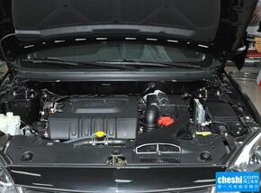 东南汽车  1.5L 手动 发动机局部特写